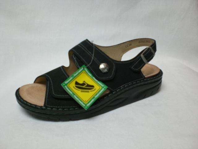 sandale nubuk schwarz mit abrollsohle finnamic schuh. Black Bedroom Furniture Sets. Home Design Ideas